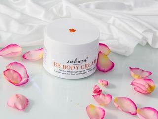 Kem Dưỡng Trắng Da chống nắng Và Trang Điểm Nhẹ Toàn Thân Sakura BB Body Cream